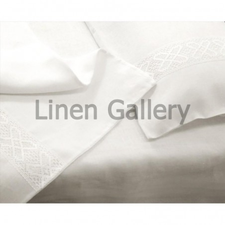 Bedding set white with white embroidery